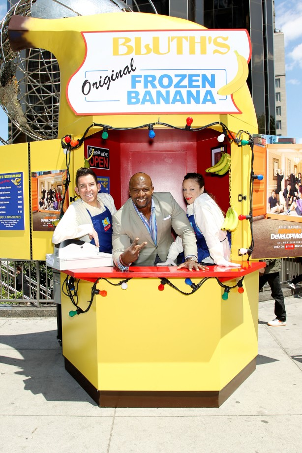 "NETFLIX  ""Arrested Development"" Bluth's Original Banana Stand New York City Day 2 Columbus Circle"